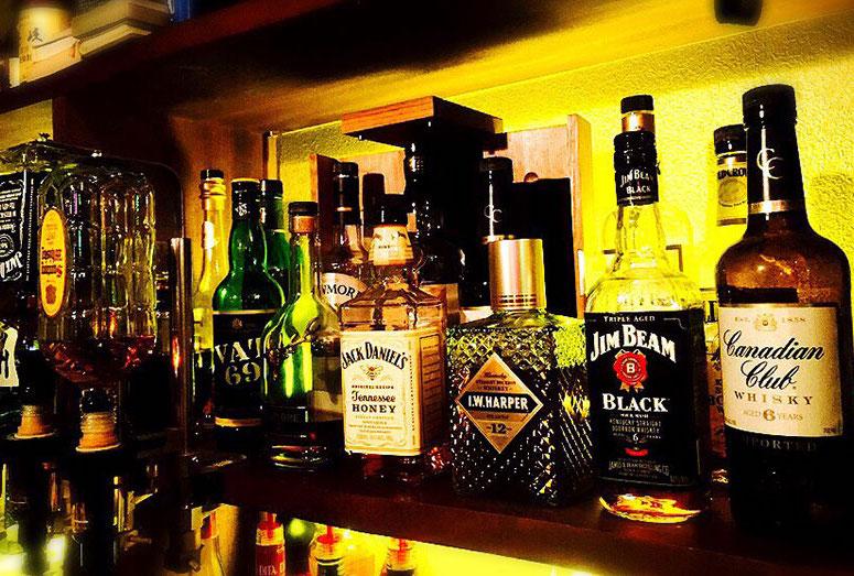 クラブで飲むべきお酒の種類ベス...