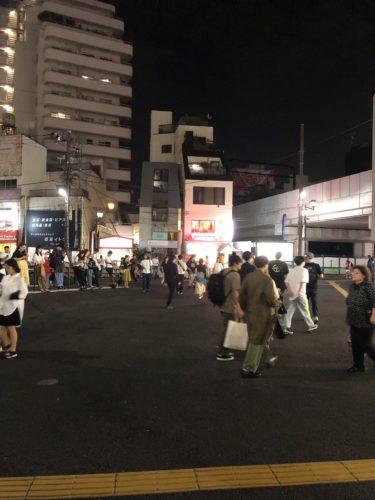 下北沢駅東口前のスペース