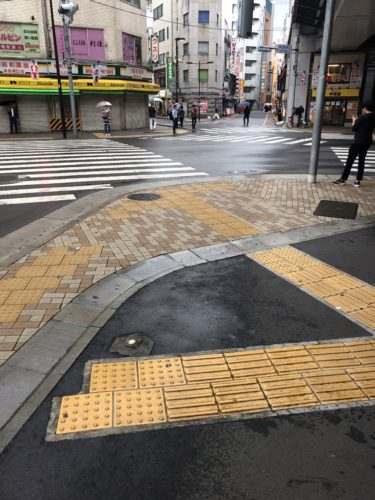 神田駅チカの交差点